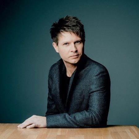 Krzysztof Urbanski dirige l'Orchestre de Paris
